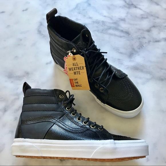 04a90bd0eb VANs NWB SK8-Hi MTE Black Pebbled Leather Hi-Tops